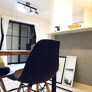 机/WALPA壁紙/minneで購入♡/窓枠風DIY/建売...などのインテリア実例 - 2018-09-17 21:25:40