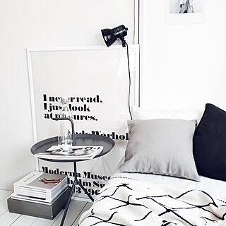 部屋全体/元は和室/窓付き漆喰壁DIY/床DIY/リネンクッション/妹とお揃い♡...などのインテリア実例 - 2017-01-18 15:09:14