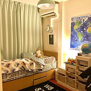 ベッド周り/ローラアシュレイの毛布/地球儀/トロファスト/世界地図...などのインテリア実例 - 2017-12-04 19:24:52
