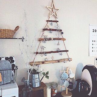 食器棚/キッチン/新商品買ったよ!/クリスマスツリー/ブラウンインテリア...などのインテリア実例 - 2019-11-10 15:07:19