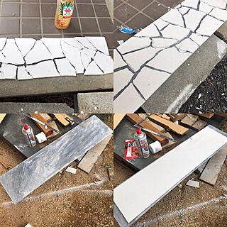 ベッド周り/看板ロゴ/壁紙/石畳/壁マニア...などのインテリア実例 - 2017-05-18 12:44:50