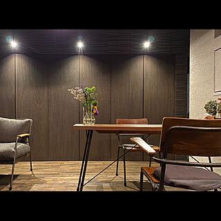 LEDライト/アイアン家具/夜の風景/夜カフェ/机のインテリア実例 - 2021-01-13 22:53:07