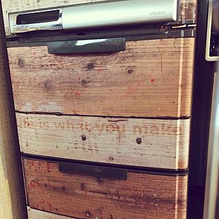 キッチン/貼るWOOD/DIY/デジタルプリント壁紙/貼る足場板...などのインテリア実例 - 2017-08-27 03:13:34