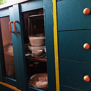 女性22歳のシェア2DK、食器棚シートに関するRさんの実例写真