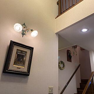 吹き抜け玄関/絵画/お気に入りの照明/すっきり暮らしたい/家宝...などのインテリア実例 - 2020-09-07 09:25:21