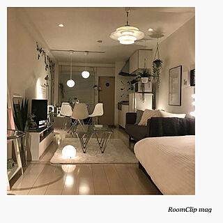男性一人暮らし1R、モノトーンの部屋に関するSnSさんの実例写真