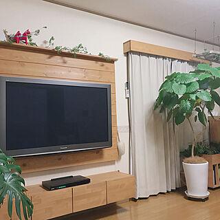女性44歳の家族暮らし、テレビボードDIYに関するyukaさんの実例写真