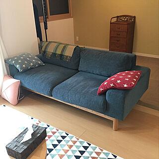 女性32歳の家族暮らし3LDK、Lounge 新築に関するMihoさんの実例写真