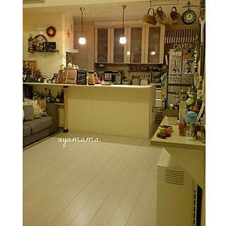 女性30歳の家族暮らし3LDK、リビングの時計2に関するayamamaさんの実例写真