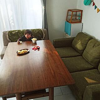 女性39歳の家族暮らし、テーブルとベンチDIYに関するkorokkoroさんの実例写真