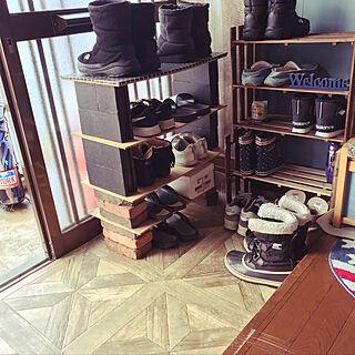 女性37歳の家族暮らし2LDK、壁紙屋本舗さん♡に関するsugarさんの実例写真