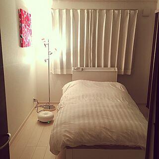 ベッド周り/シンプル/寝室/模様替え/北欧...などのインテリア実例 - 2016-09-29 23:09:32
