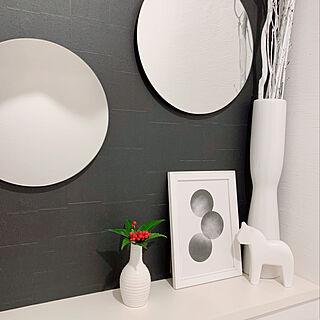 ダイソー/千両/丸い鏡/ダーナラホース/IKEA...などのインテリア実例 - 2020-01-04 10:19:15