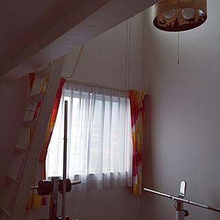 女性の、Other、家族住まいの「壁/天井」についてのインテリア実例