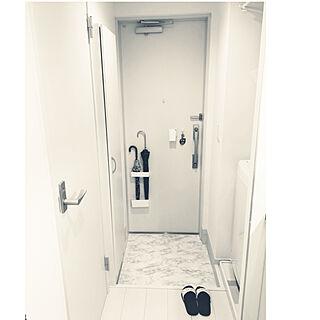 玄関/入り口/マスキングテープ/サンダル/鍵/Mr.Children...などのインテリア実例 - 2018-08-26 05:56:50