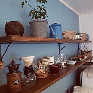 女性家族暮らし2LDK、ブルーの壁に関するkazenさんの実例写真