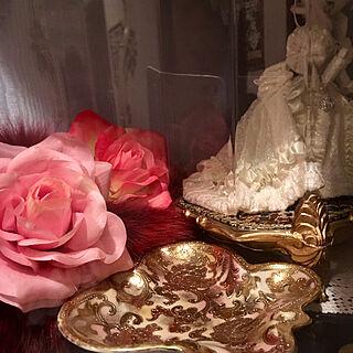 ビスクロマン/スキヨ人形/フォックスファー/Daiso/薔薇...などのインテリア実例 - 2019-03-03 23:44:47