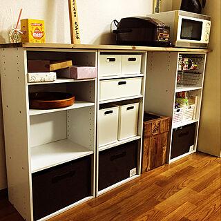 女性31歳の3DK、カラーボックスでキッチンカウンターに関するmozyax6さんの実例写真