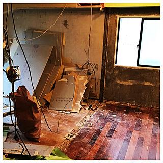 女性37歳の家族暮らし2LDK、スケルトンリフォームに関するmarutaさんの実例写真