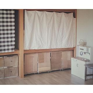 女性家族暮らし、押入れDIYに関するchiさんの実例写真