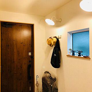 男性33歳の家族暮らし、玄関扉に関するTOPPOさんの実例写真