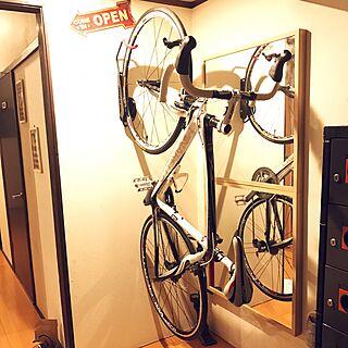 玄関/入り口/ロードバイク/ピナレロ/一人暮らし/たまんなく楽しい/自己満足...などのインテリア実例 - 2017-03-10 22:01:45