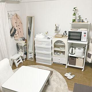 女性一人暮らし1K、食器棚リメイク中に関するchi-ponさんの実例写真