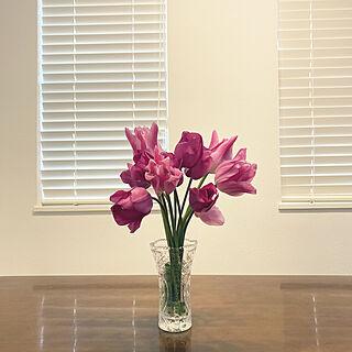 春のお花/チューリップ/花のある暮らし/机のインテリア実例 - 2021-04-15 07:23:49