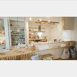 女性の、3DK、家族住まいの「キッチン」についてのインテリア実例