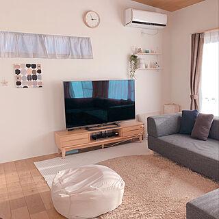 女性29歳の家族暮らし4LDK、ファニチャードームのソファーですに関するSUZUさんの実例写真