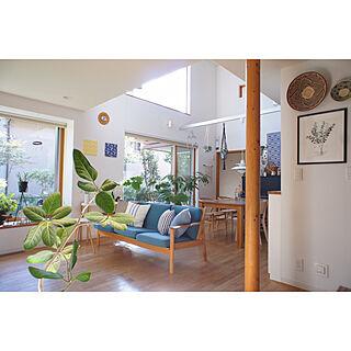 吹き抜けのある家/吹き抜けリビング/季節を感じる暮らし/karf ソファ/観葉植物のある暮らし...などのインテリア実例 - 2019-09-25 09:08:39