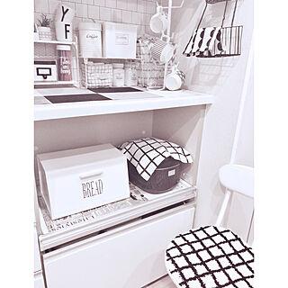 キッチン/モノトーンライフ/セリア/カウンター背面側/ホワイト基調のキッチン...などのインテリア実例 - 2018-06-05 08:48:10