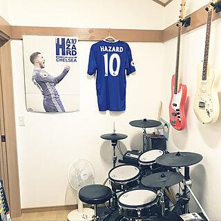 部屋全体/ギター/電子ドラム/趣味部屋/ギターハンガー...などのインテリア実例 - 2019-01-17 08:52:20
