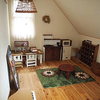 女性の、3DK、家族住まいの「部屋全体」についてのインテリア実例