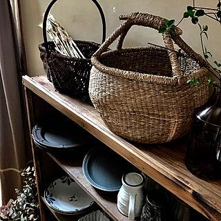 女性家族暮らし4LDK、棚DIYに関するjiso_hanさんの実例写真