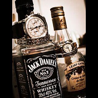 机/雑貨/男前/ウイスキーボトル/ウイスキー瓶が増える一方...などのインテリア実例 - 2015-12-13 02:17:20