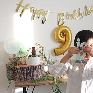 ベッド周り/クレイケーキ/誕生日飾り付け/100均/ディスプレイ...などのインテリア実例 - 2018-10-25 20:10:35