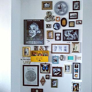 女性35歳の家族暮らし3LDK、額縁ディスプレイに関するusamaruさんの実例写真