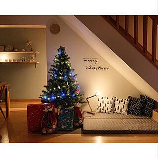 部屋全体/クリスマスインテリア/クリスマス/ナチュラル/スウェーデンハウス /シンプルライフ...などのインテリア実例 - 2018-12-24 21:44:31