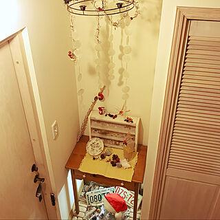 玄関/入り口/クリスマスディスプレイ/ナンバープレート/珊瑚のかけら/カフェ風...などのインテリア実例 - 2020-12-26 02:11:27