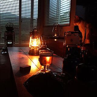 木製ブラインド/優しい灯りはいいな/ギンギラギンにさりげなくかんぱーい/マッチ/今夜も かんぱーい...などのインテリア実例 - 2019-06-15 19:29:01