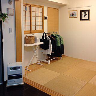 女性37歳の家族暮らし4LDK、Overview アイロン台に関するmuraさんの実例写真