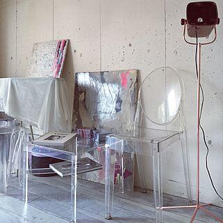 、コンクリート打ちっぱなしと白い壁の混合に関するmaking1207さんの実例写真