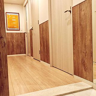玄関/入り口/腰壁/廊下/イサムノグチ/ウォールナット...などのインテリア実例 - 2017-10-05 18:15:27