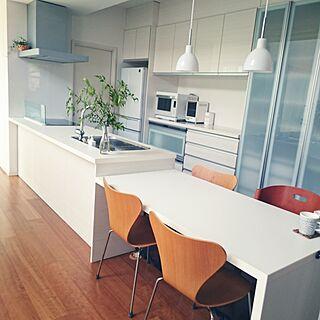 女性家族暮らし2LDK、Kitchen シマシマ柄に関するshiokoさんの実例写真