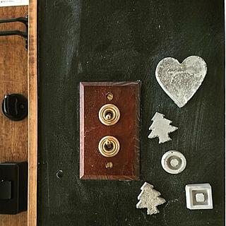 玄関/入り口/DIY/黒板壁/男前/雑貨...などのインテリア実例 - 2020-05-17 14:55:37