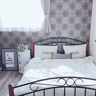 ダブルベッド/寝室/ブラウン×ホワイト/ダマスク柄クロス/ブラウン×ブラック...などのインテリア実例 - 2019-03-28 19:25:14