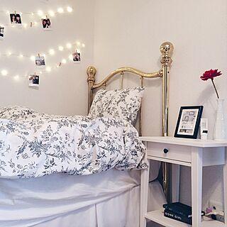ベッド周り/照明/IKEA/写真/一人暮らし...などのインテリア実例 - 2016-03-21 17:40:28