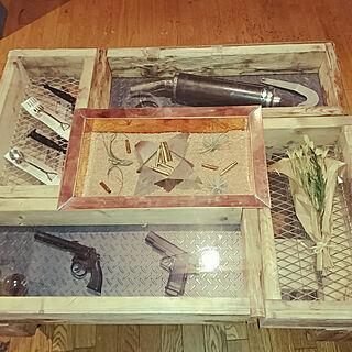男性の、4LDK、家族住まいの「机」についてのインテリア実例