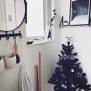 玄関/入り口/Tiger Copenhagen/クリスマス/handmade/100均...などのインテリア実例 - 2016-12-14 23:40:56